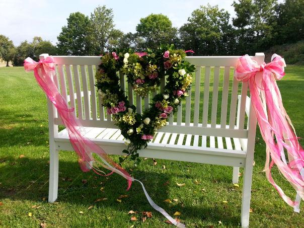 Blumen-Garten-Dekoration-Geschenke-Hochzeit-Trauer-Events und vieles ...